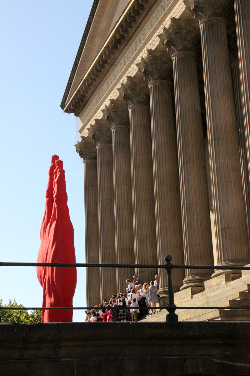 Monumental-Sculpture-of-Bogdan-Rata,-St.-Georges-Hall,-Liverpool-Biennial-(12)