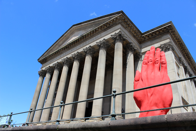 Monumental-Sculpture-of-Bogdan-Rata,-St.-Georges-Hall,-Liverpool-Biennial-(2)