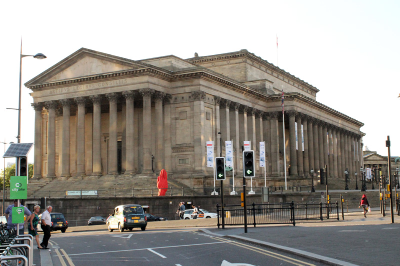 Monumental-Sculpture-of-Bogdan-Rata,-St.-Georges-Hall,-Liverpool-Biennial-(5)