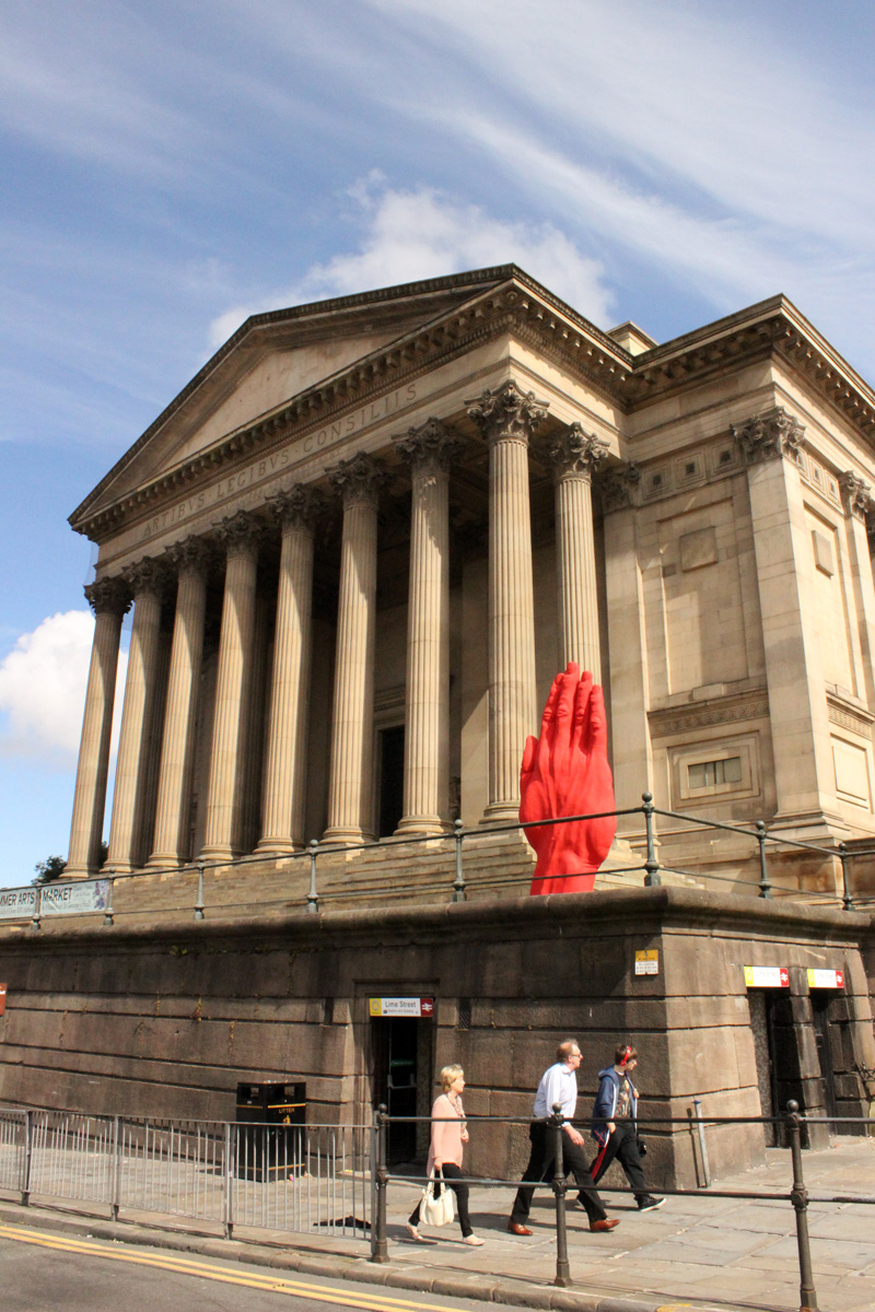 Monumental-Sculpture-of-Bogdan-Rata,-St.-Georges-Hall,-Liverpool-Biennial-(8)