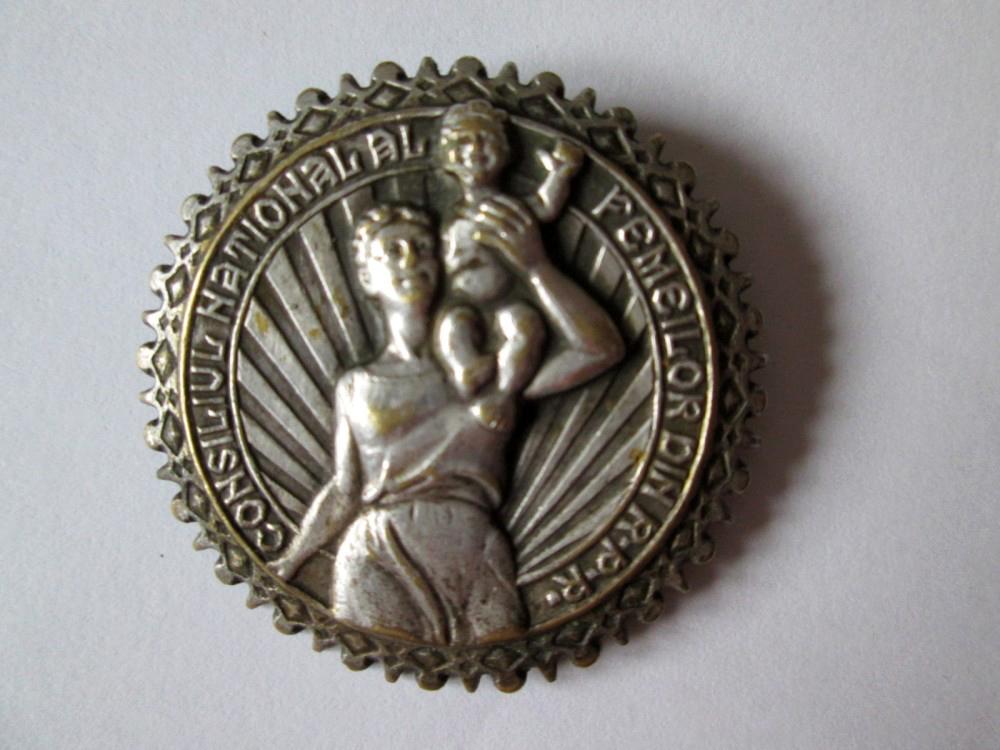 Insigna Consiliul National al Femeilor din R.P.R.