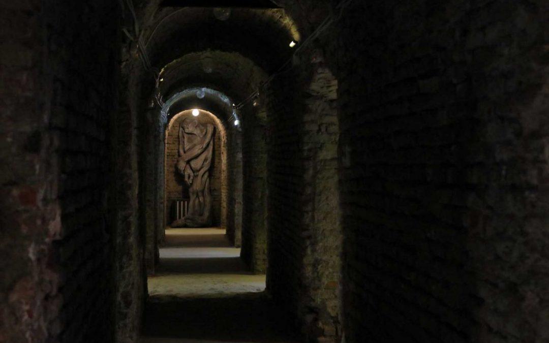 """""""Monumente în mișcare – Memoria Rezistenței"""" la Memorialul """"Rezistenţă şi represiune în Bihor"""" din Oradea"""