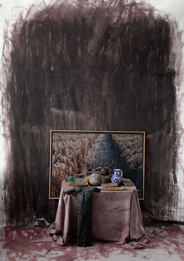Peter Jacobi, Still Life with artifacts from Transylvania with the photography of a rye and a bronze crucifixion study, 2015, Digigraphie, 90x60cm