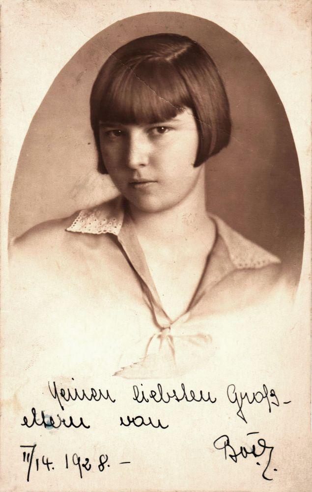 Hedy Löffler 1928, 14x9 cm