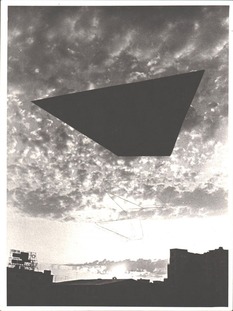 Pavel Ilie, 1970, 24x19 cm, fotografie alb-negru cu interventii de creion, semnata pe spate